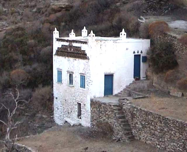 PIGEON'S HOUSE - VIEW OF TRADITIONAL CYCLADIC PIGEON'S HOUSE IN SIFNOS