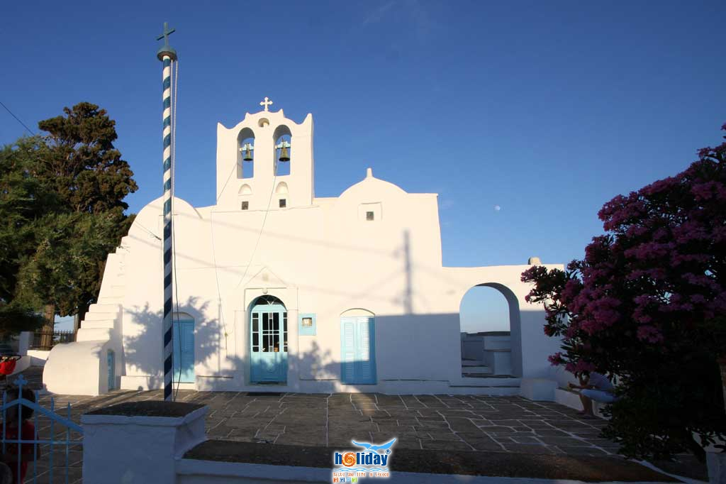 View of the church at the main square of Artemonas SIFNOS PHOTO GALLERY - Church by Ioannis Matrozos