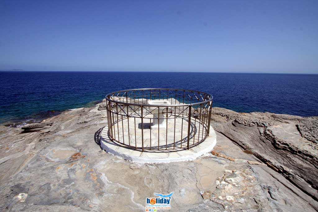 The fountain at the east edge of Chrysopigi peninsula SIFNOS PHOTO GALLERY - Fountain by Ioannis Matrozos