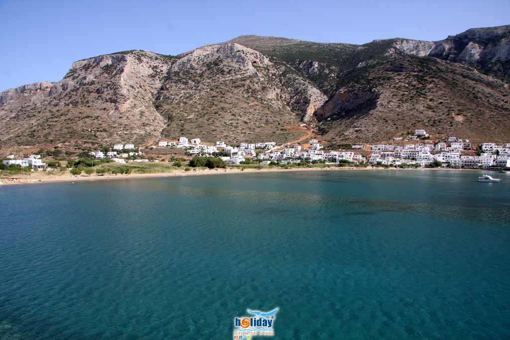 Kamares beach - View of the sandy beach of Kamares from Agia Marina
