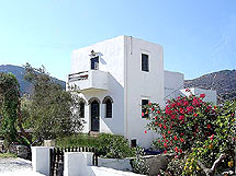 CYCLADES BEACH  HOTELS IN  PLATYS GIALOS
